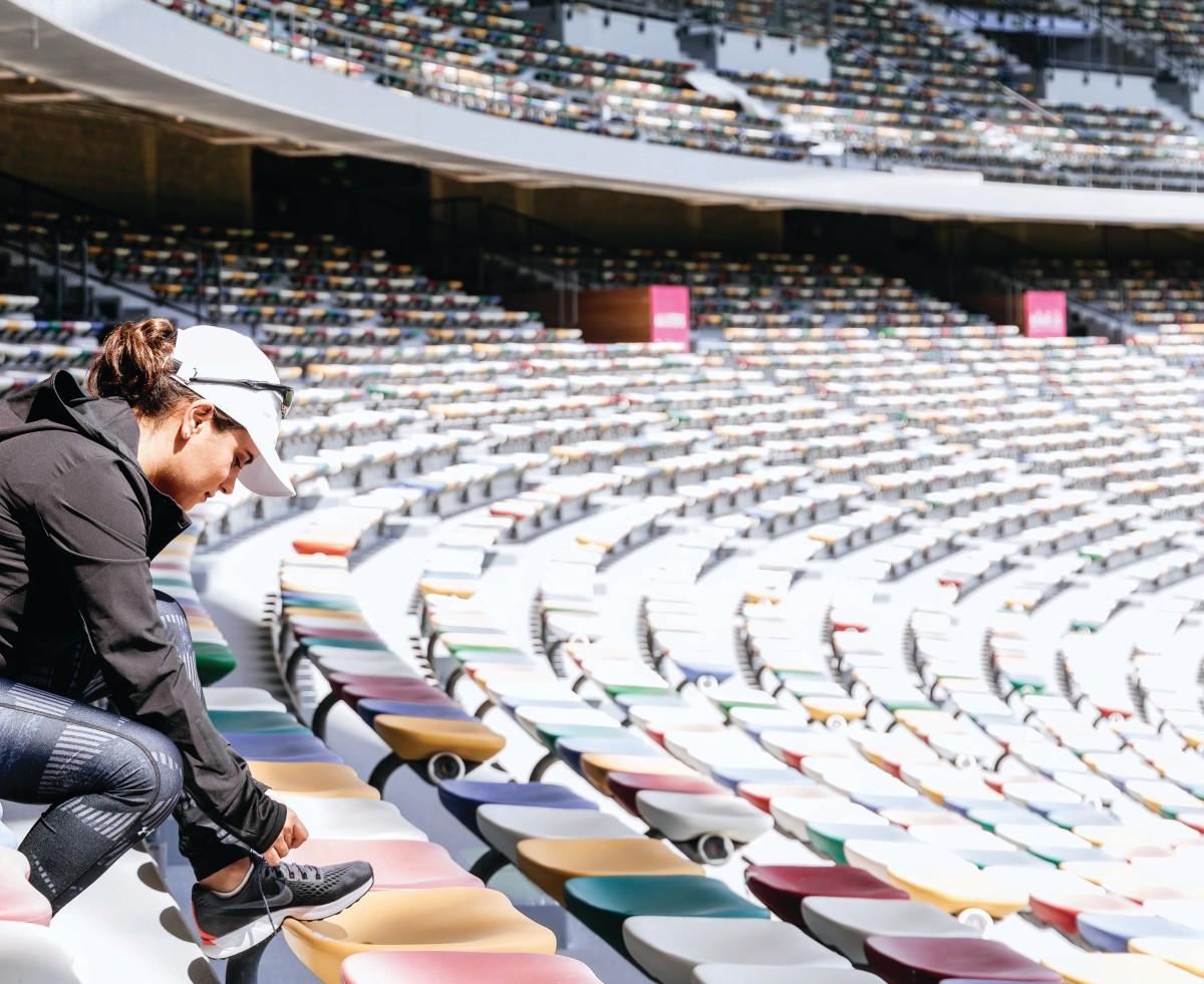 Hanady Alhashmi training sheikh zayed stadium
